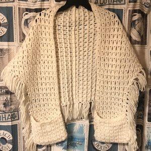 Vintage Handmade Boho Shawl pockets fringe knit